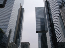 Samsung Plaza (Many of the corporate headquarters are housed here.)
